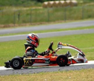 Campionato Italiano ACI Karting: Lorenzo Leopardi esordisce a soli 8 anni nella cat. 60 mini nazionale.