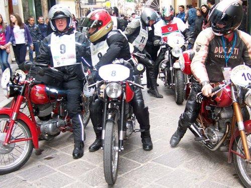 Parte lunedì da Misano world circuit la trentesima edizione della 'rievocazione storica del Motogiro d'Italia'