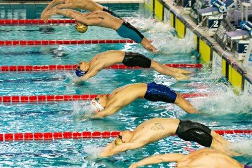 Nuoto, undici titoli regionali assoluti per la Vela Ancona