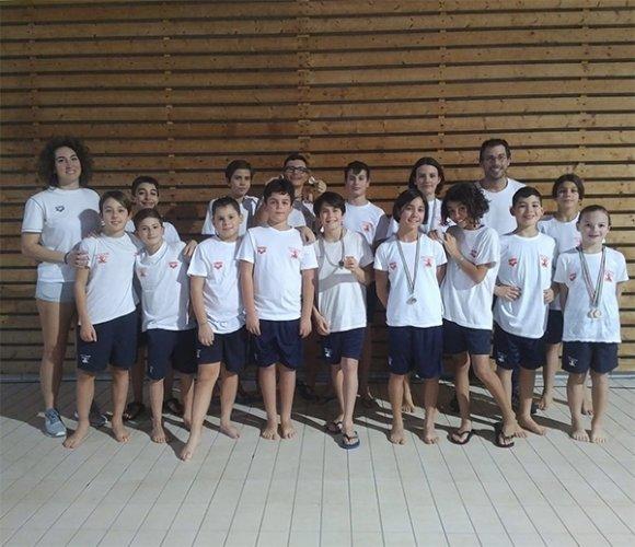 Record e medaglie per il Nuoto Polisportiva Riccione nel Torneo Esordienti Sprint