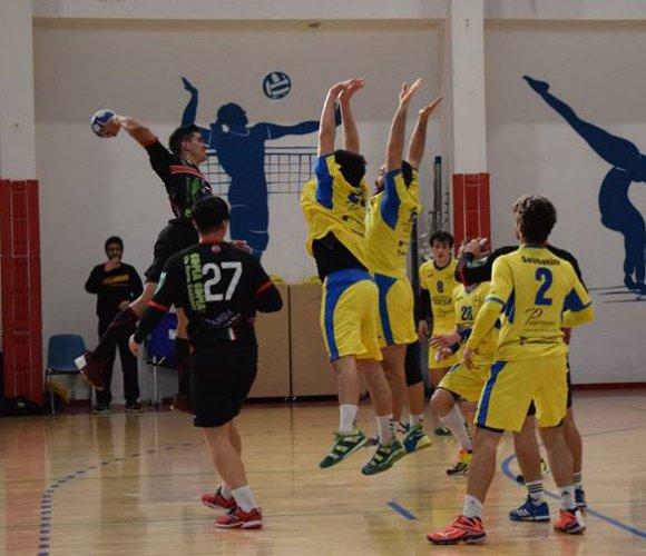 La pallamano Camerano ospita il 2 Agosto Bologna nell'ultima partita casalinga della stagione