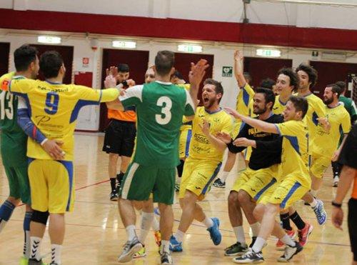 La pallamano Camerano chiude la stagione contro il Romagna