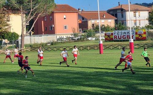 La mischia trascina la Fiorini Rugby Pesaro contro Bologna (36-8)