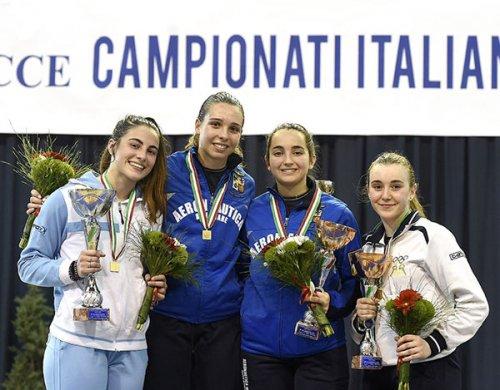 I campionati italiani di scherma splendono con il bronzo di Alessia Pizzini