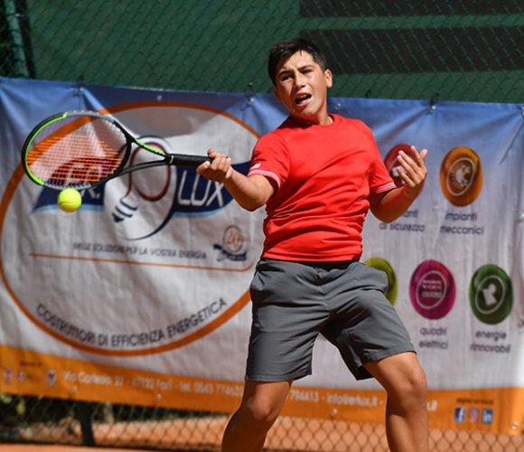 Nel torneo Open del Circolo Tennis Cervia avanza nel tabellone di 3° Nicola Tocci