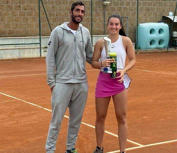 Andrea Maria Artimedi cede in tre set alla ceka novakova, nella finale del singolare nell'ITF Junior Tour Pescara