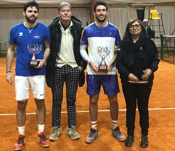 Federico Bertuccioli comincia il 2019 conquistando l'open del tennis Villa Carpena, torneo che apre la stagione indoor