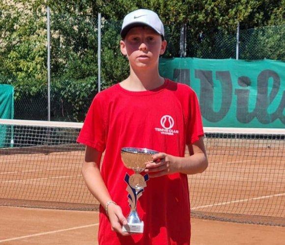 in corso i quarti del Torneo Open Tennis Club Viserba, il memorial Cristian Cavioli
