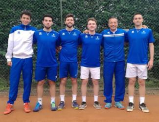 Serie C maschile.  La squadra A del Tc Faenza parte con un 6-0.
