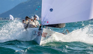 Melges 20 World League - Act 4 - Brontolo Racing sale sul podio a Riva del Garda e chiude il circuito Europeo al quarto posto