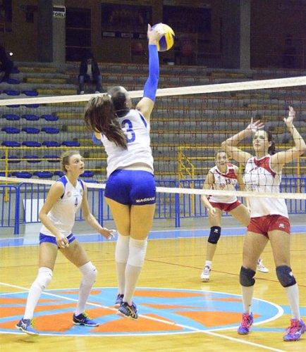 Olimpia Ravenna-My Mech Cervia Riv 0-3 (12-25, 20-25, 18-25)