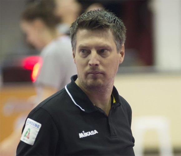 L'Olimpia Teodora Ravenna solleva Simone Angelini dall'incarico di primo allenatore