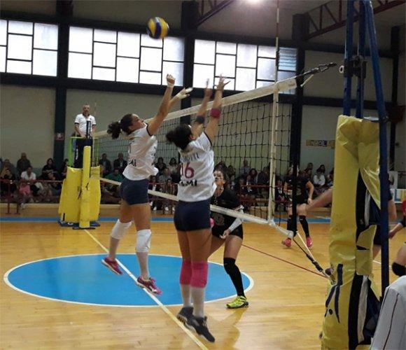 Liverani Castellari Lugo-Campagnola 3-1 (25-14, 25-22, 17-25, 25-18)