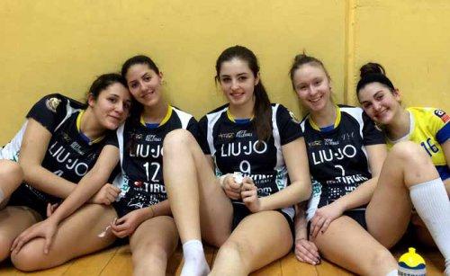 Energy Parma-Liu Jo Tironi: 2-3 (24-26/17-25/25-17/25-23/15-17)