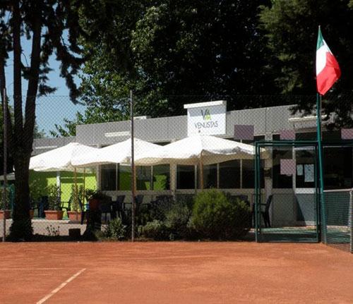 Entra nel vivo sui campi del Circolo Tennis Venustas  il torneo nazionale Open maschile, brillano Tocco, Fagnoli e Briolini