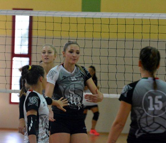 Alisa Hodzic (Pall. Sangiorgio) carica il braccio armato per l'inizio del campionato