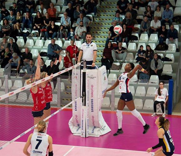Conad Olimpia Teodora Ravenna – LPM pallavolo Mondovì: 2-3 (24-26, 20-25, 25-15, 25-19, 12-15)