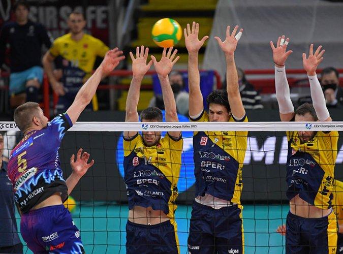 Modena perde gara e golden set a Perugia e esce ai quarti di Champions