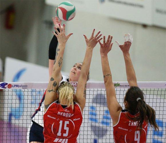 LPM Pallavolo Mondovì - Conad Olimpia Teodora Ravenna: 3-0 (28-26, 25-22, 33-31)