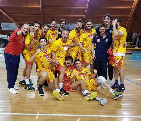 La Nef volley libertas Osimo - Bontempi Ancona 3-1 (25-16; 23-25; 25-18; 25-20)