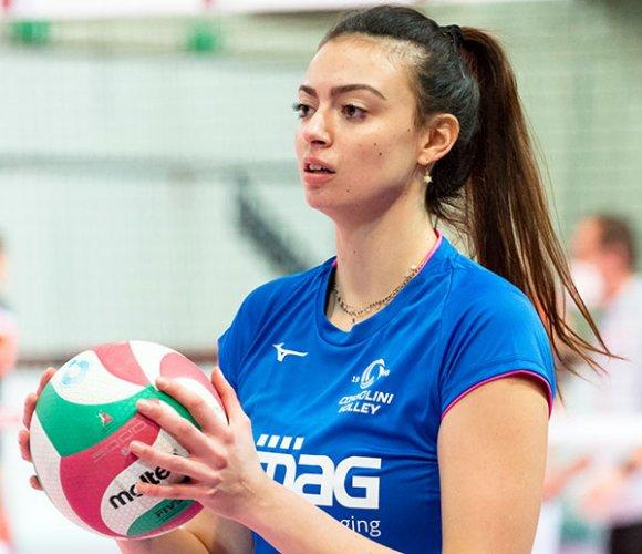 Francesca Cosi firma con CBF Balducci HR Macerata