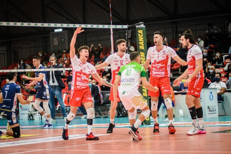 Trasferta a Civitanova per as Sales Bluenergy Volley Piacenza