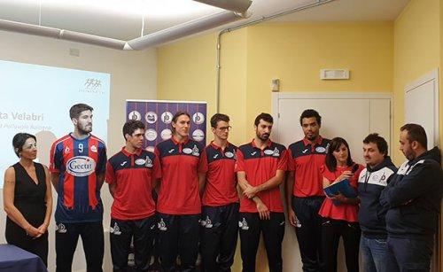 Presentate questa mattina la partnership medica tra isokinetic e Geetit pallavolo Bologna e le nuove maglie della prima squadra