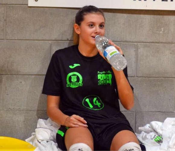 La  Pallavolo Sangiorgio alza il muro con la giovane Arianna Molinari
