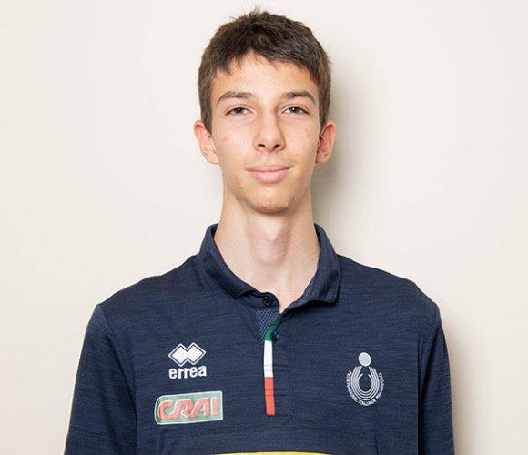 Mattia Orioli con la maglia azzurra agli Europei Under 18