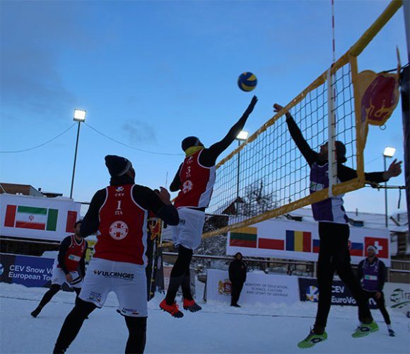 Doppio 9° posto per  il team di snow volley di powerbeach in Armenia e Georgia