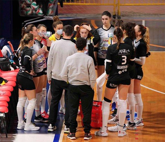 La Federazione Italiana Pallavolo ha emanato il provvedimento ai danni del Volley Club Cesena