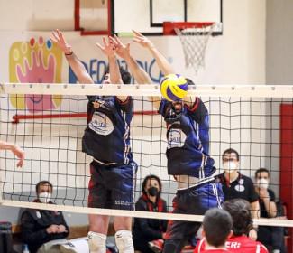 Geetit Pallavolo Bologna- Consar Ravenna 3-0 ( 25-15 ; 25-18 ; 25-14)