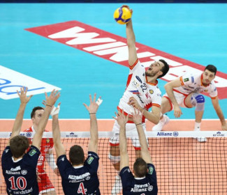 Milano-Ravenna 3-0 (25-18, 25-20, 25-18)