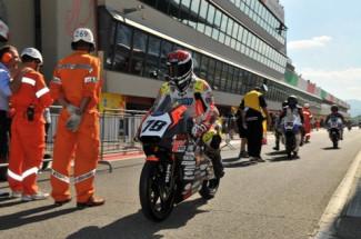 Il Lucky Racing Team a Varano dè Melegari per il test pre gara con il pilota Andrea Raimondi